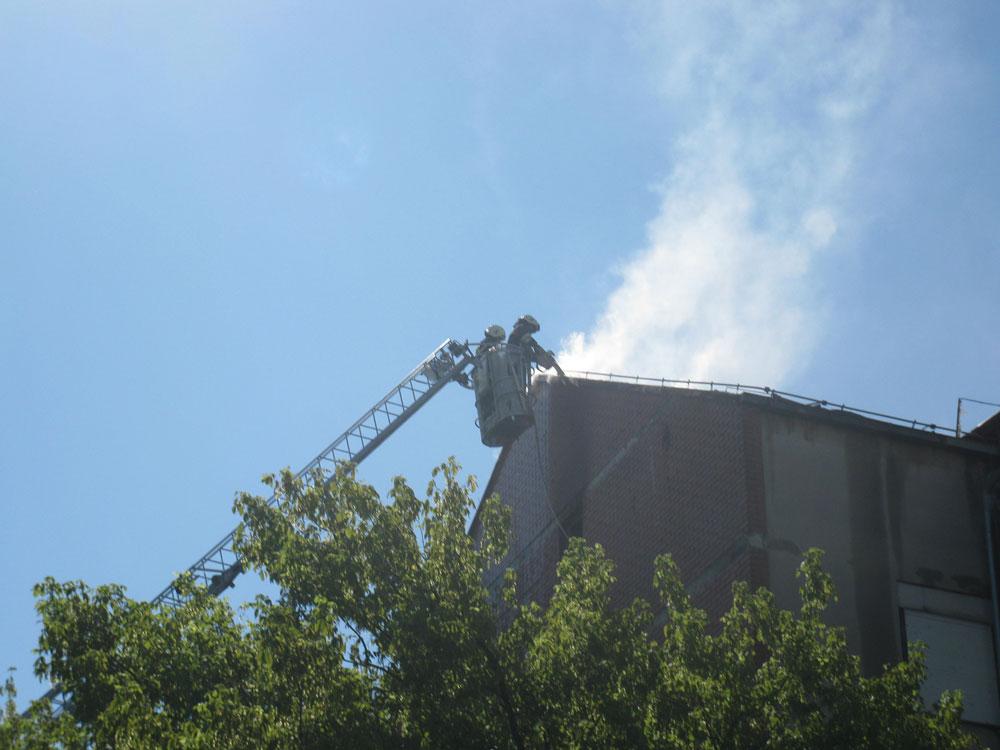 Požar krovišne zgrade